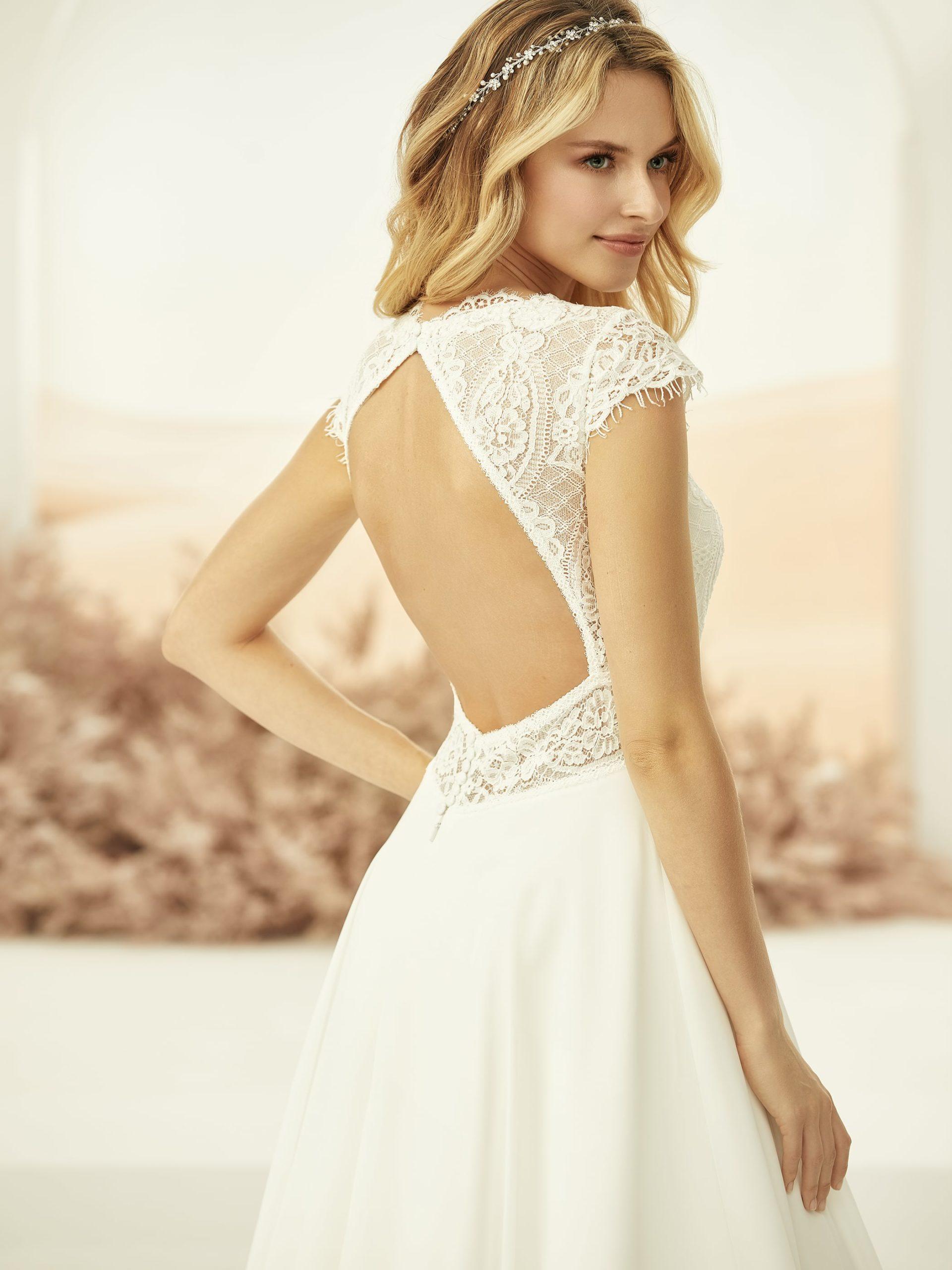 Perla menyasszonyi ruha