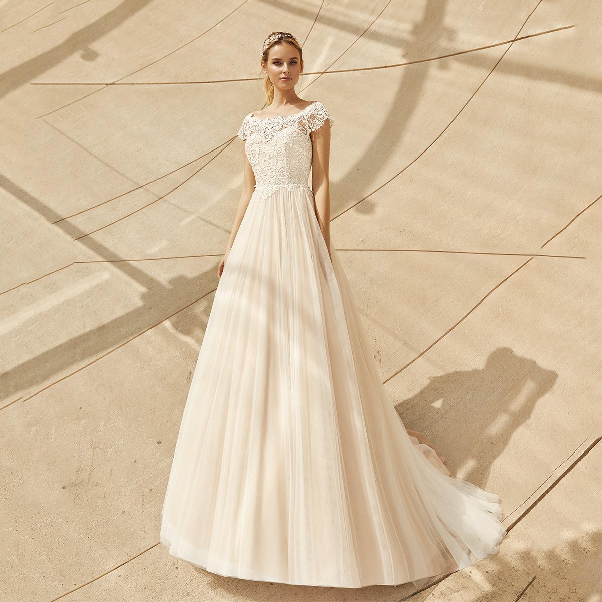 Serena esküvői ruha